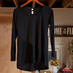 LuLaRoe long sleeved black t-shirt NWT
